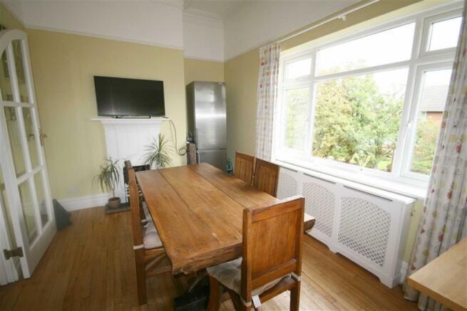 Bright Kitchen/Breakfast Room