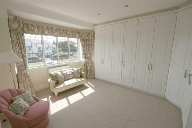 Front Bedroom 4