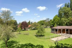 Photo of London Road, Chalfont St. Giles, Buckinghamshire, HP8