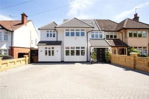 Photo of Kings Avenue, Woodford Green, Essex, IG8