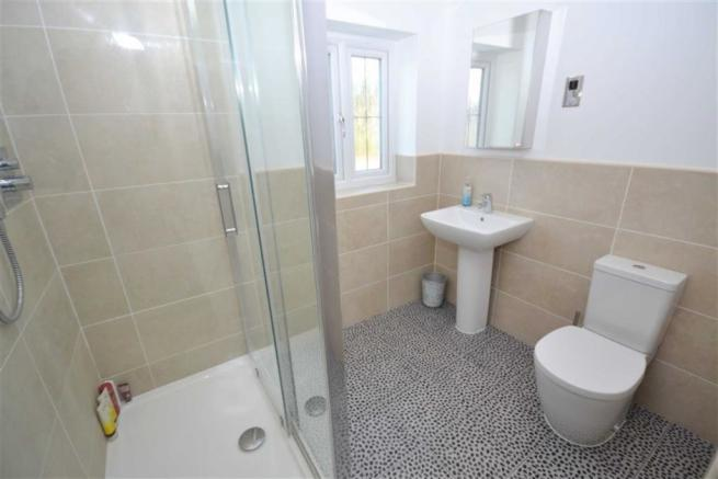 En suite Shower Room/w.c