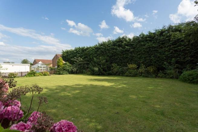 3 bedroom semi-detached house for sale in Sand Lane, South