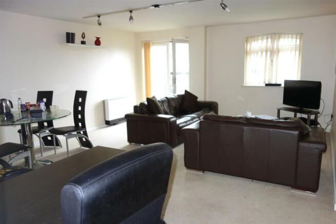 open plan lounge.JPG