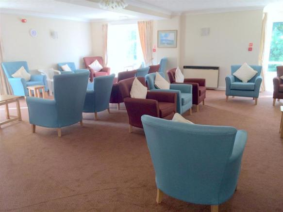 communal lounge1.jpg