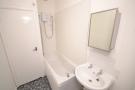 FLAT 4 BATHROOM