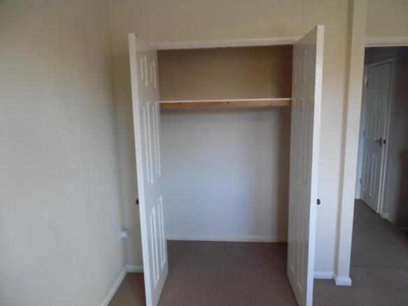 Bed 1 wardrobe