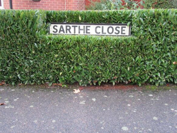 Sarthe Close (1)