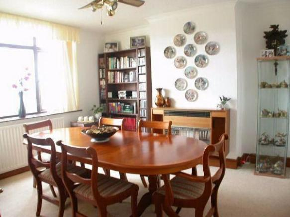 Dining Room 153 Kingsley Road
