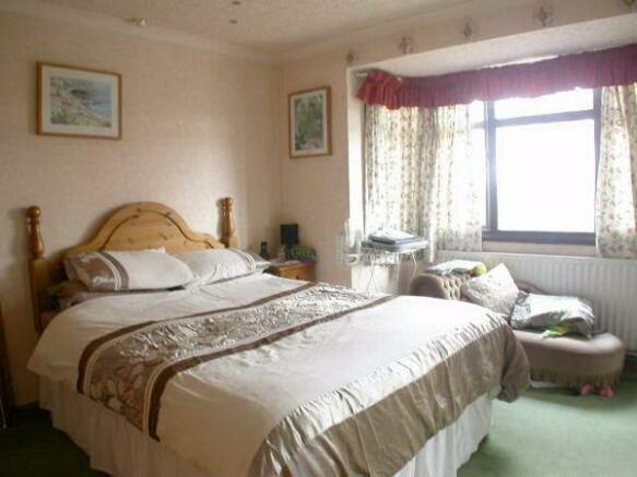 Bedroom 153 Kingsley Road
