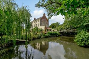 Photo of Beeston, Norfolk