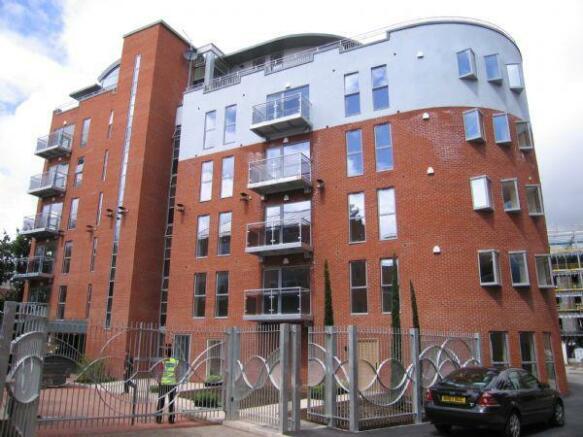 2 bedroom apartment to rent in Apt 10 Ahlux Court, Leeds ...
