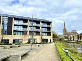 Photo of Court View House, Lancaster City Centre - a duplex apartment with a terrace for alfresco dining!