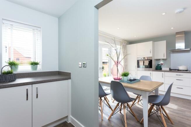 4 bedroom detached house for sale in smithurst road giltbrook