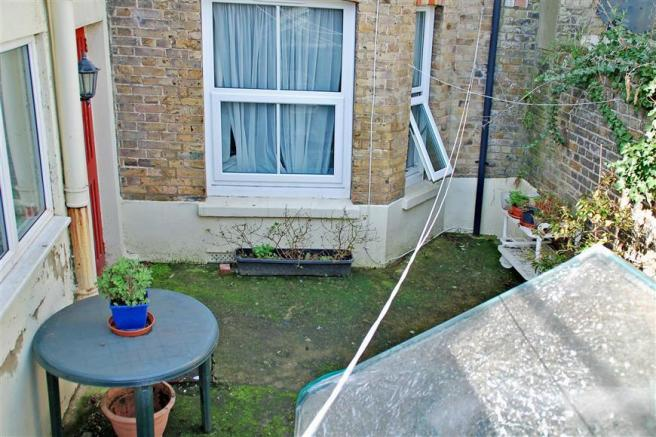 Garden Flat Patio
