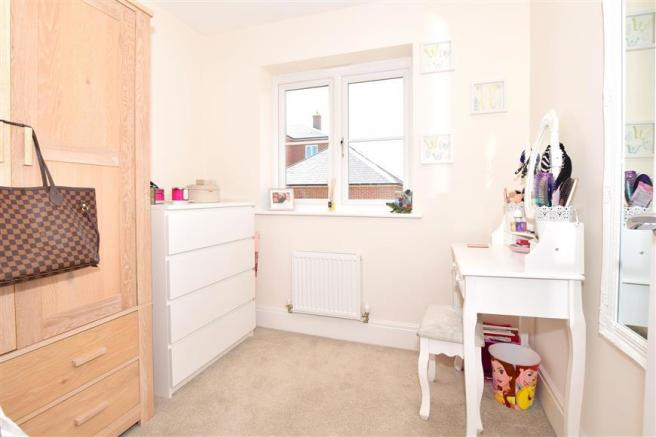 3 bedroom semi-detached house for sale in Barn Owl Way ...