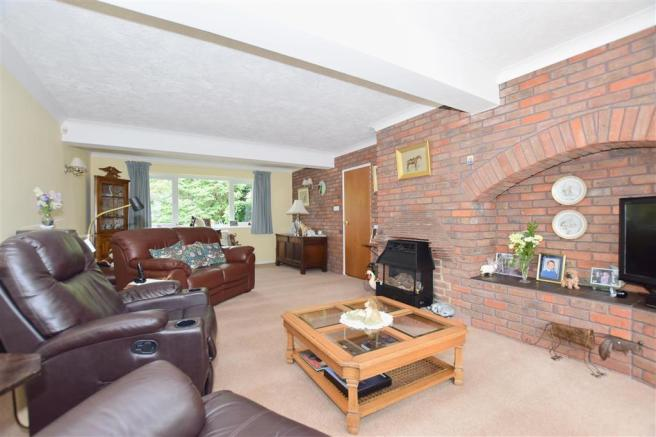 4 bedroom detached house for sale in The Street, Smarden ...