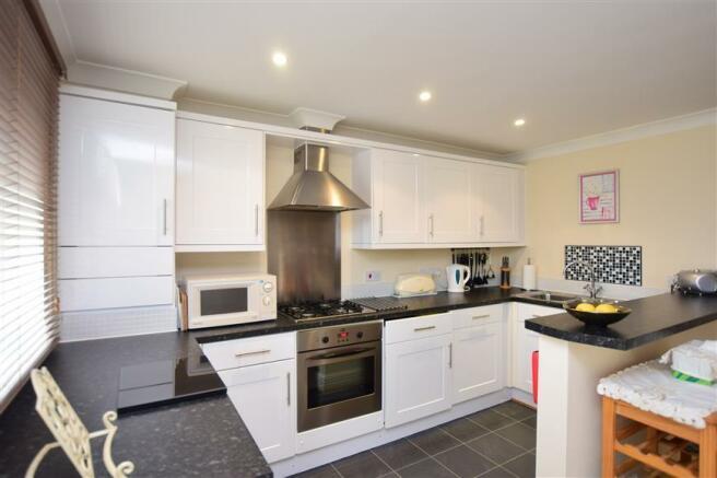 Lounge/Dining /Kitchen