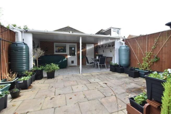 Annex rear garden