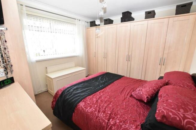 Bedroom to main hous