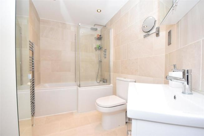 Ground Flr Bathroom