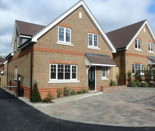 4 Bedroom Detached House For Sale 44266911: 4 Bedroom Detached House For Sale In Henrietta Place