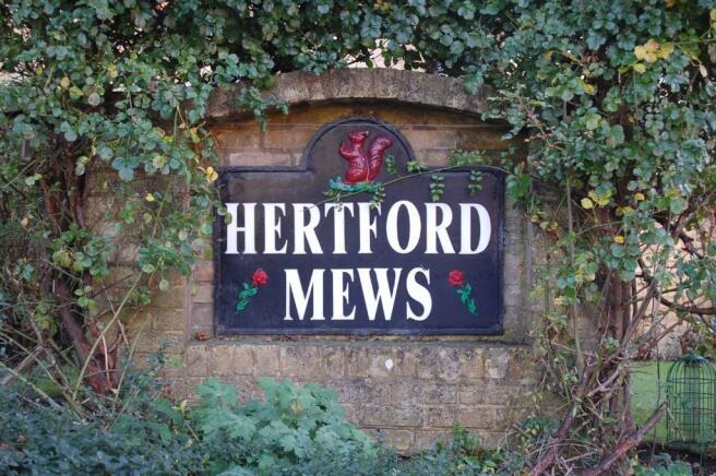 Hertford Mews