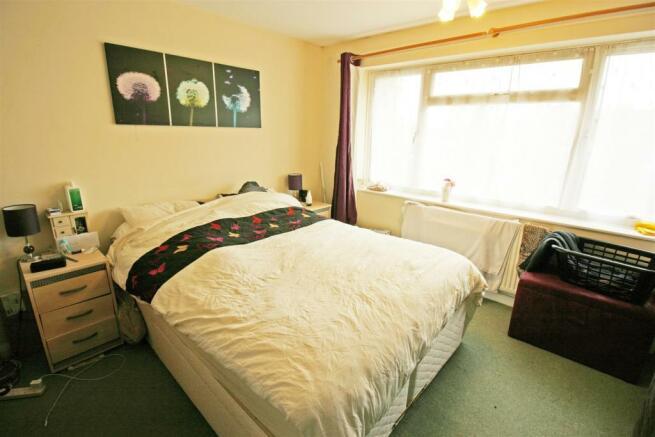 2 MONTPELLIER  Bedroom1.jpg