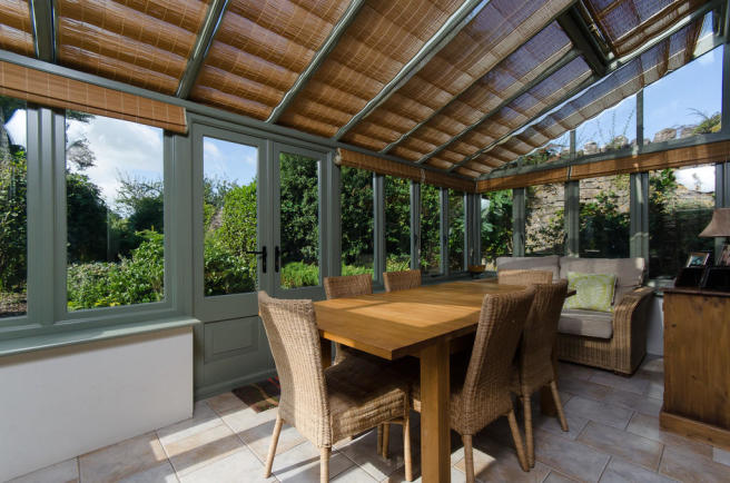 Dining Room/Conse...
