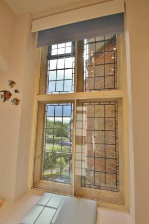 Shower Room - Feature Window.JPG