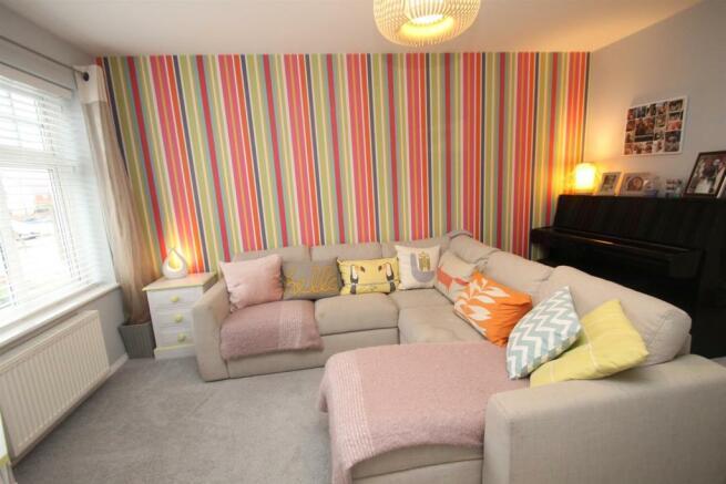 Lounge: