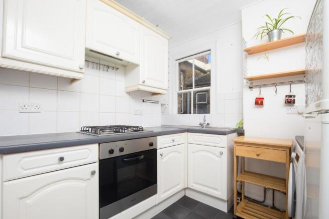 Fitted separate kitchen