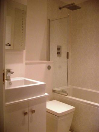 Modern fitted bathroom combined W.C