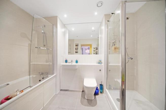 Sizeable family bathroom