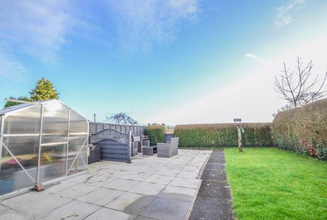 2 Bedroom Semi-detached House For Sale In Lydiate Lane
