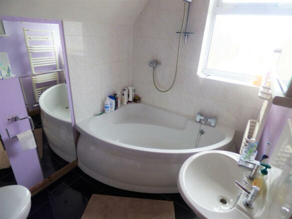 Carlton Road Bathroom.JPG