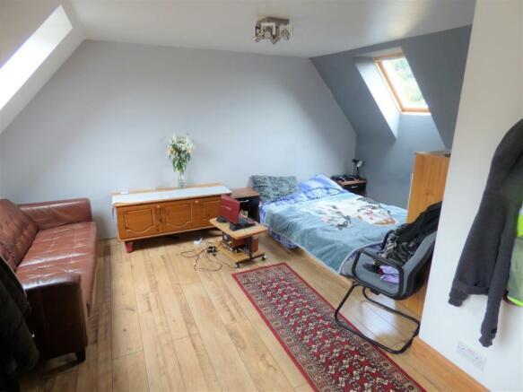 Carlton Road Bed 1.JPG