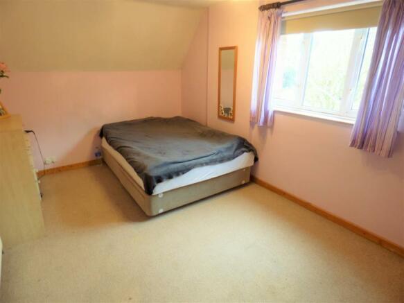 Carlton Road Bed 2.JPG