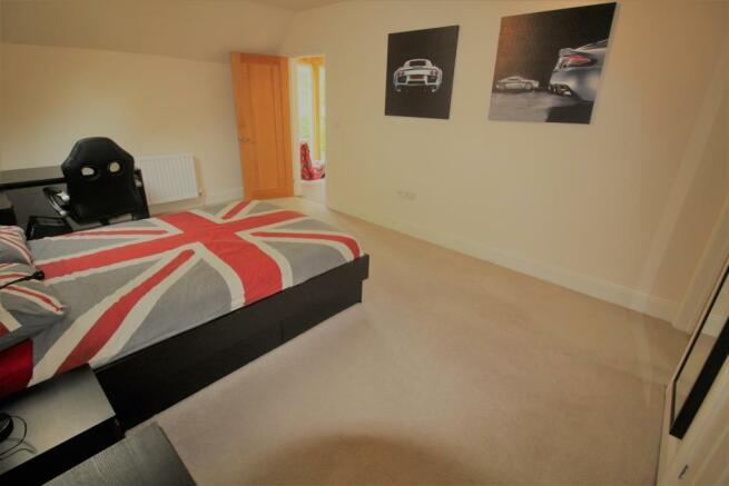 Orton Bed2.jpg
