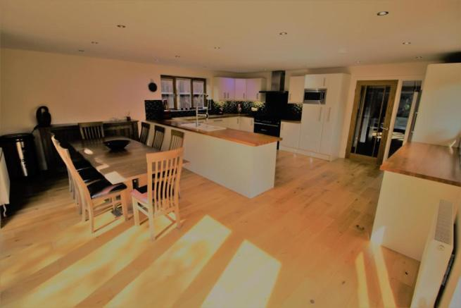 Orton kitchen2.jpg