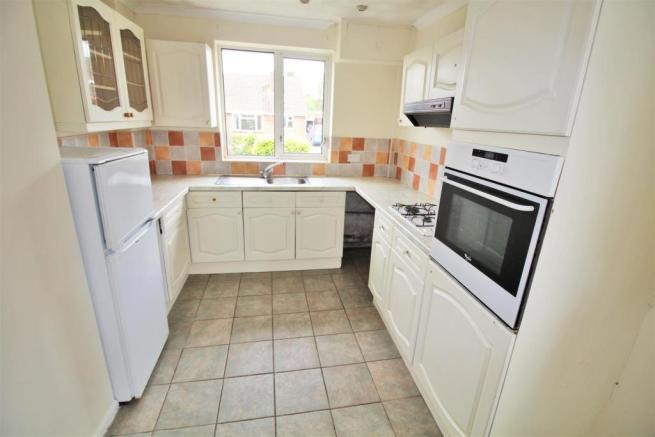Thackeray Close Kitchen.jpg