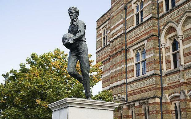 Webb-Ellis-Statue_3487375b.jpg