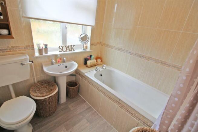 Cromwell Road Bathroom.JPG