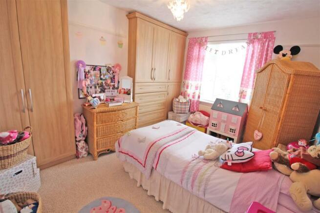 Cromwell Road Bedroom 2.JPG