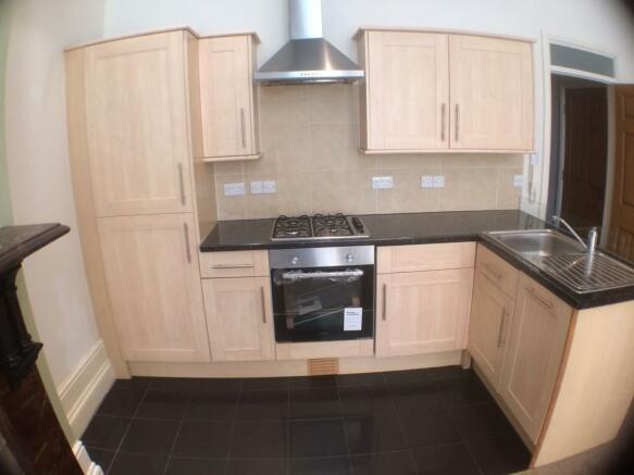 Kitchen area - fl...