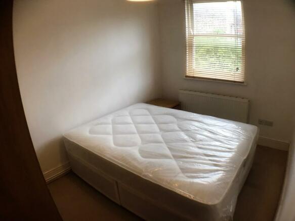 Main bedroom - fl...