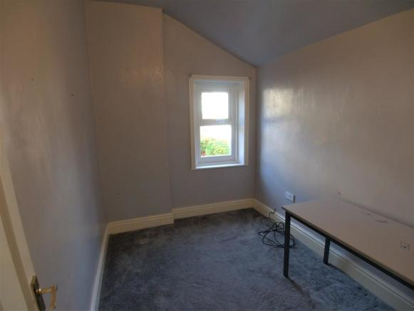 Bedroom 2 - Rear