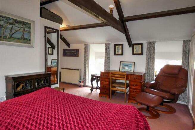 BEDROOM THREE4.62 x 3.44 + robes + door recess
