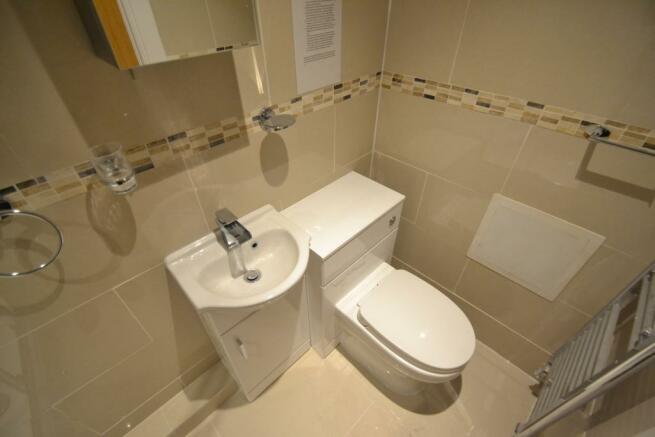 GF bathroom view 2
