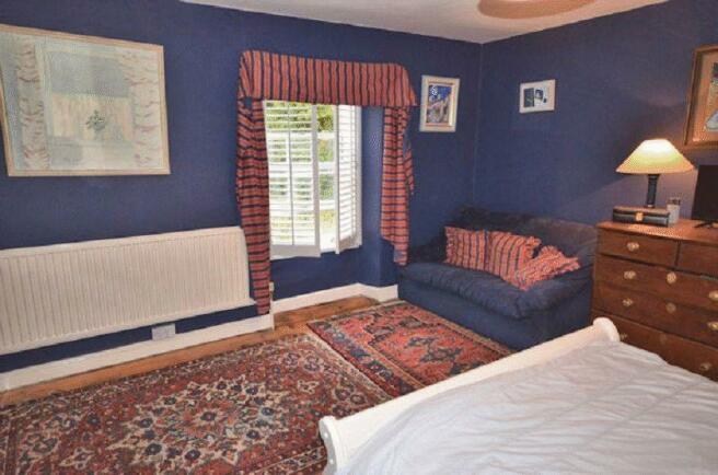 Bedroom 1 - An...