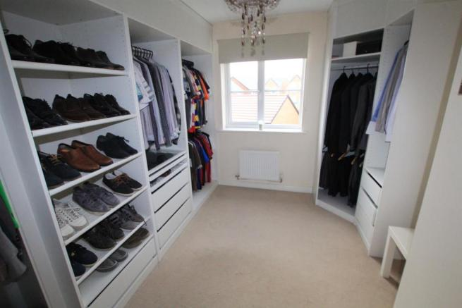 Dressing Room / Bedroom
